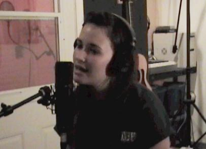 Kacey-mic-pic